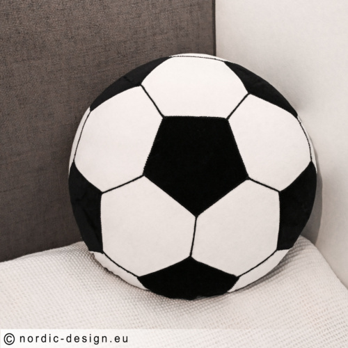 Sy en fotbollskudde, mönster och arbetsbeskrivning.